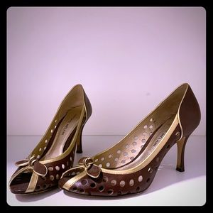 Antonio melani brown and gold leather pump